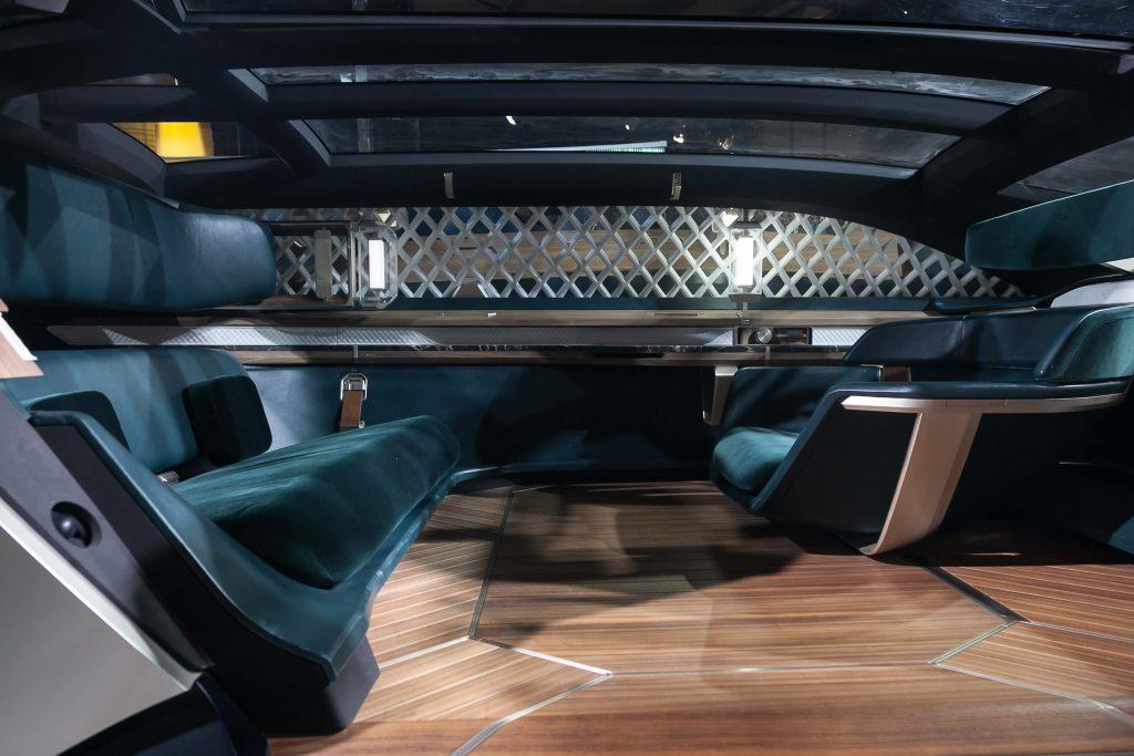 Interieur van de EZ.Ultimo - een studiemodel van Renault voor de auto van 2030.